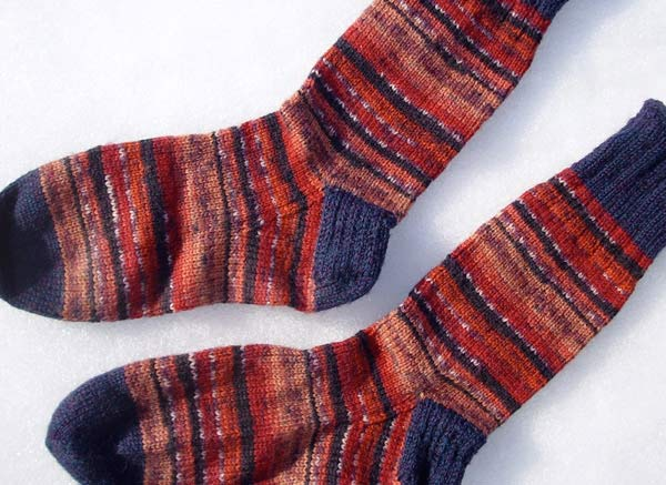 Free Knitting Patterns For Leftover Sock Yarn : Leftover Sock Yarn Yields Fingerless Mitts alottastitches