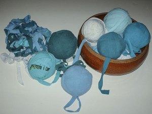 387 - balls of tarn