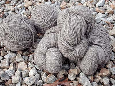 399 Khaki wool yarn