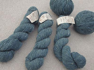 399 Teal wool yarn