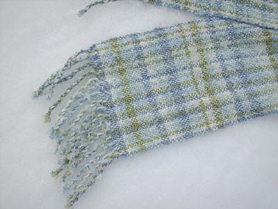 405 my scarf - close-up