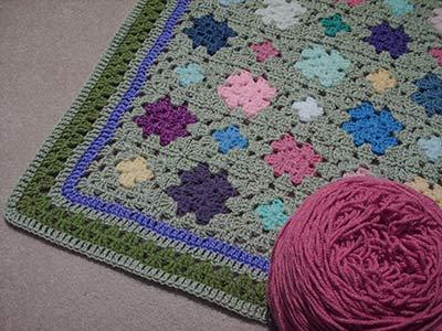 408 with lt. raspberry yarn