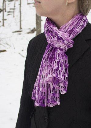 425 lace cravat