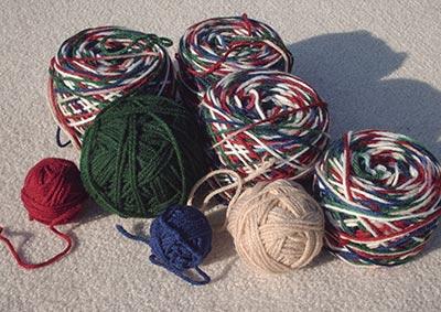 434 leftover yarn bits