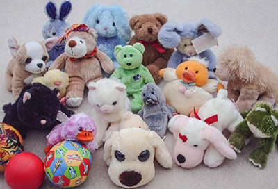 433 17 stuffed critters