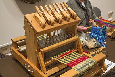 449 8 shaft table loom