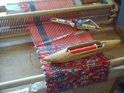 457 weaving a tote bag 'cover'