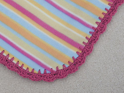 474 striped fleece - close-up