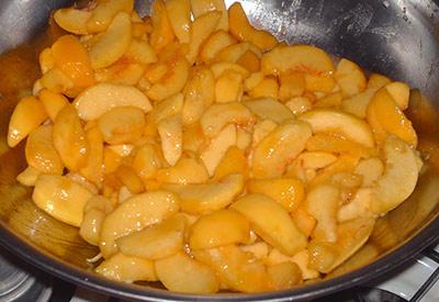 479A peeled & sliced peaches