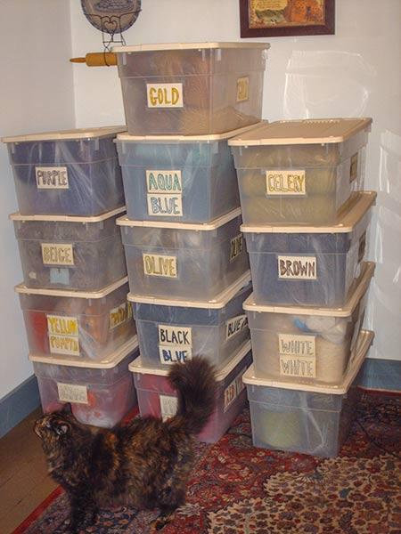 482 1 wall of bins