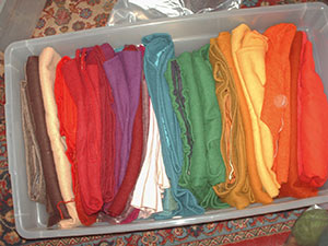 482 3 bin of wool solids