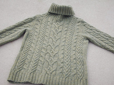 542 green sweater