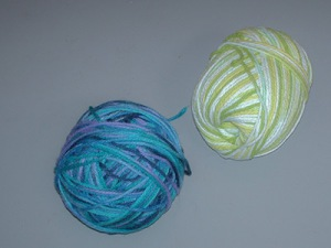 558 two balls of yarn