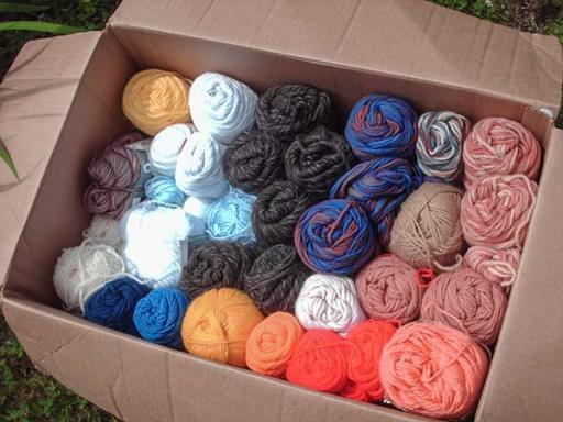 563 box of yarn from Sis