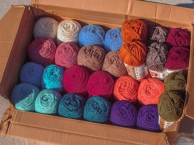 579 skeins in box