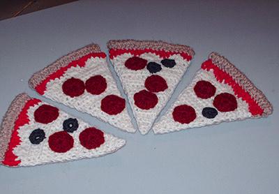 618 2 pizza slices