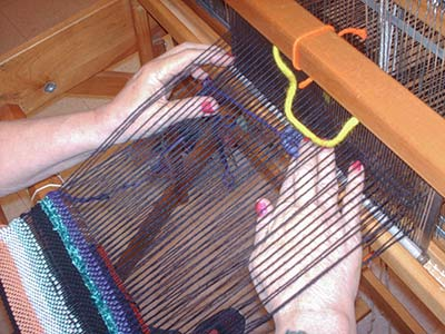 749 5B-weaving